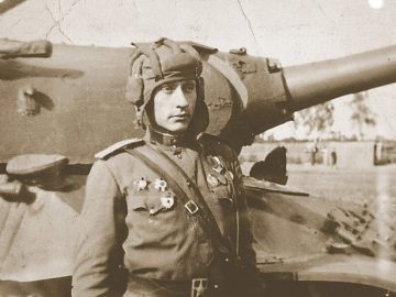75 лет подвигу Зиновия Колобанова
